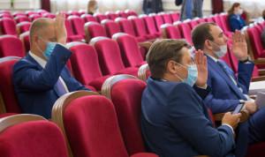 В Челябинской области приняли поправки в закон о регулировании муниципальной службы
