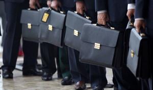 Эксперты: После пандемии госслужащие оказались наиболее востребованы на рынке вакансий