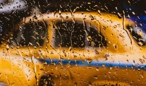 Чиновников Камчатского края лишат персональных автомобилей