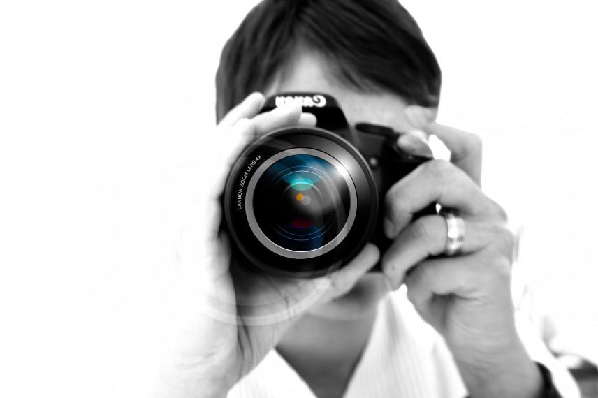 В Узбекистане разрешили фотосъемку чиновников при исполнении без их согласия