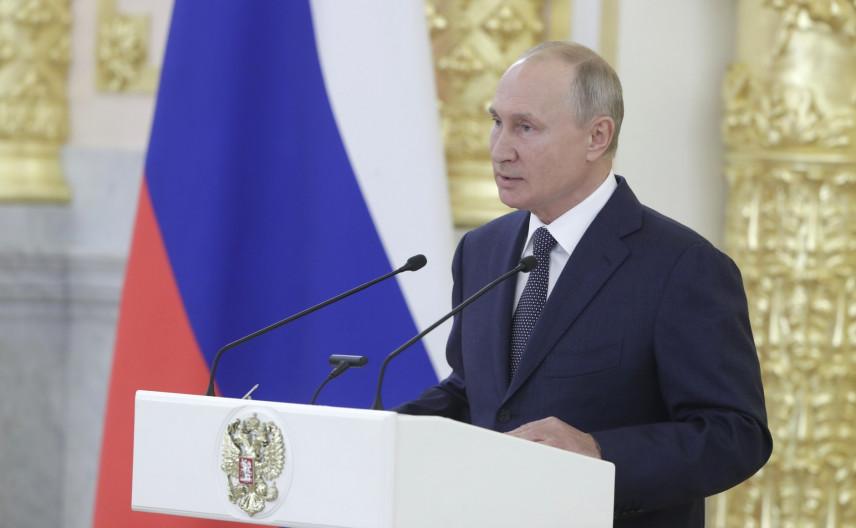 Президент отметил важность независимости госслужащих от иностранного влияния