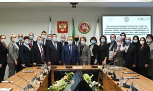 Лучших работников сферы муниципального управления наградили в Казани