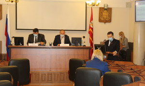 В Смоленской области хотят изменить порядок начисления премий региональным чиновникам