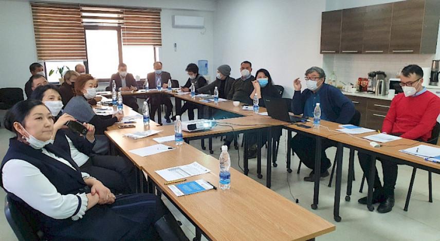 В Кыргызстане обсудили вопросы обучения муниципальных служащих