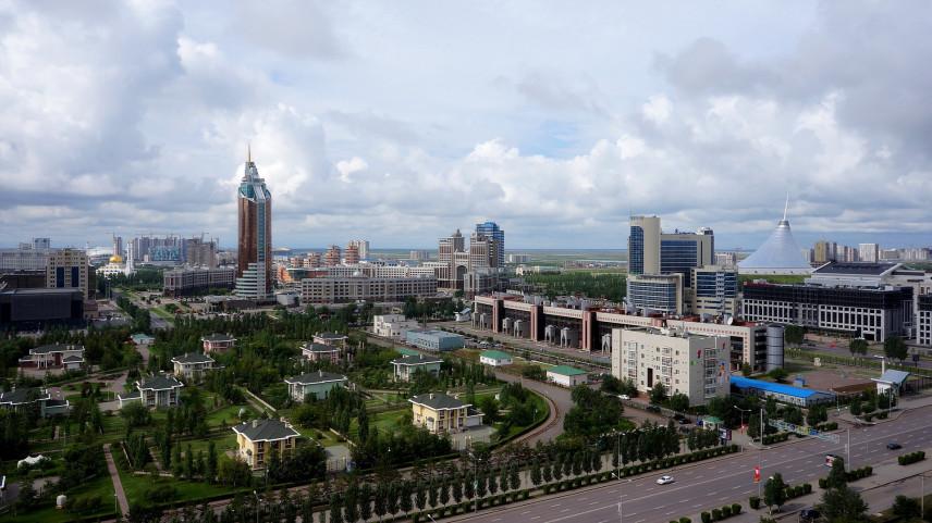 Из-за коррупции подчиненных казахстанские госслужащие могут не подавать в отставку