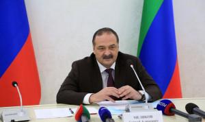 Глава Дагестана рассказал о командном стиле и кадрах на встрече с журналистами
