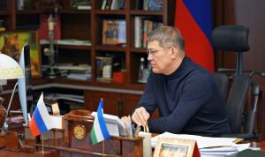 Глава Башкортостана поручил чиновникам чаще встречаться с жителями региона