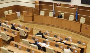 Депутаты Свердловской области хотят знать, как решается кадровая проблема в муниципалитетах