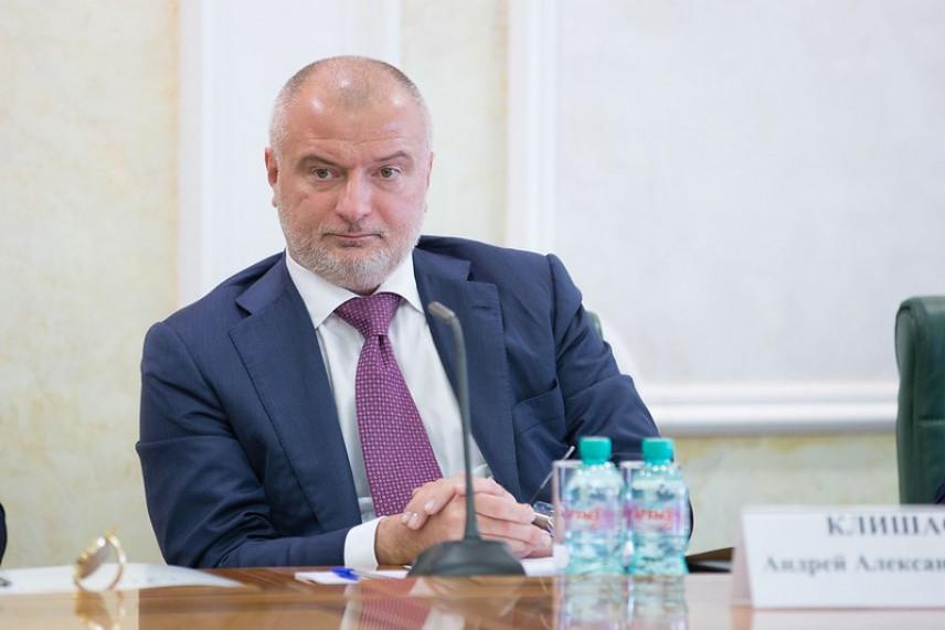Сенатор Клишас: Поправки в закон о ротации госслужащих устранят отток квалифицированных кадров