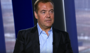 Дмитрий Медведев считает, что Москву нужно разгружать от госслужащих
