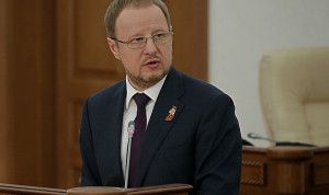 В Алтайском крае поднимут зарплату муниципальным служащим