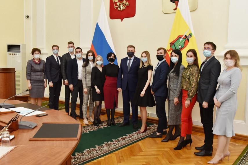 Губернатор Рязанской области принял участие в заседании молодежного правительства региона