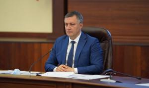 Госслужащим Иркутской области предоставят выходной за прививку от COVID-19