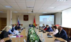 В Брянске создадут единый реестр муниципальных служащих