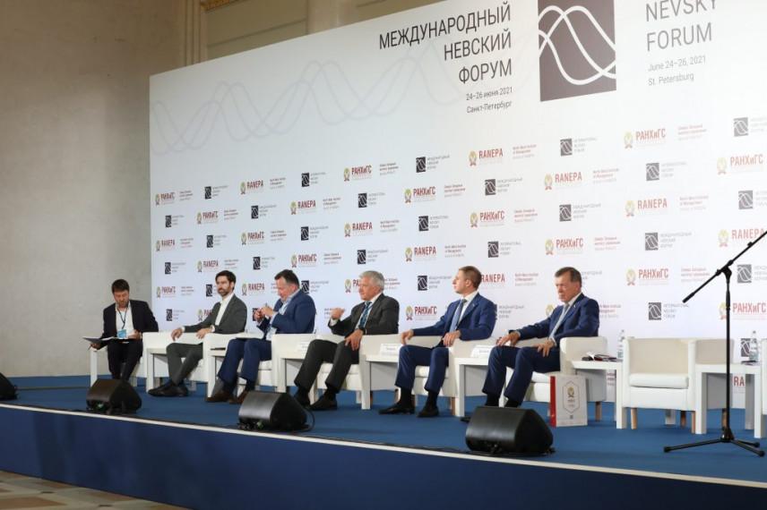 Участники Невского форума рассказали о цифровизации в госуправлении