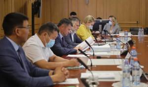 В Якутии будут обучать госслужащих по образовательным сертификатам