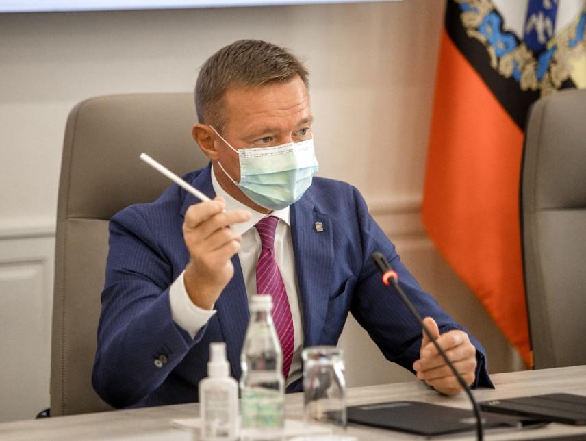 Финалист конкурса «Лидер-46» познакомился с рабочим графиком курского губернатора