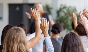 Опрос: Все больше молодых петербуржцев хотят попасть на госслужбу