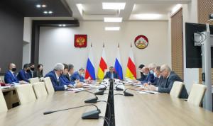 Глава Северной Осетии провел заседание антикоррупционной комиссии