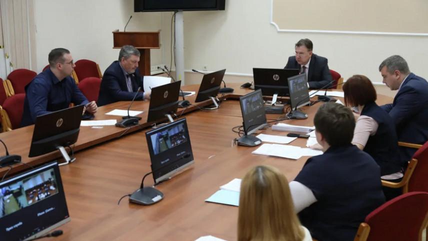 В правительстве Архангельской области обсудили вопросы укрепления значимости муниципальной службы